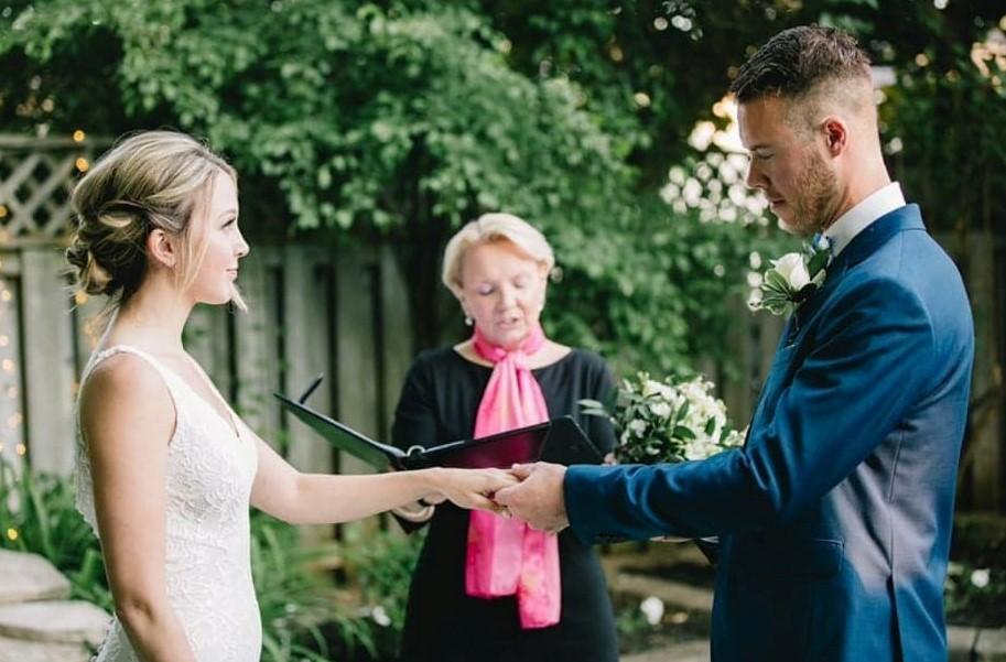 wedding-planner-coach-planning-coordinator-toronto-durham-oshawa-northumberland-bobcaygeon-officiant-cobourg-ceremony-postpone-postponement-commitment-ceremony-ontario-port-hope