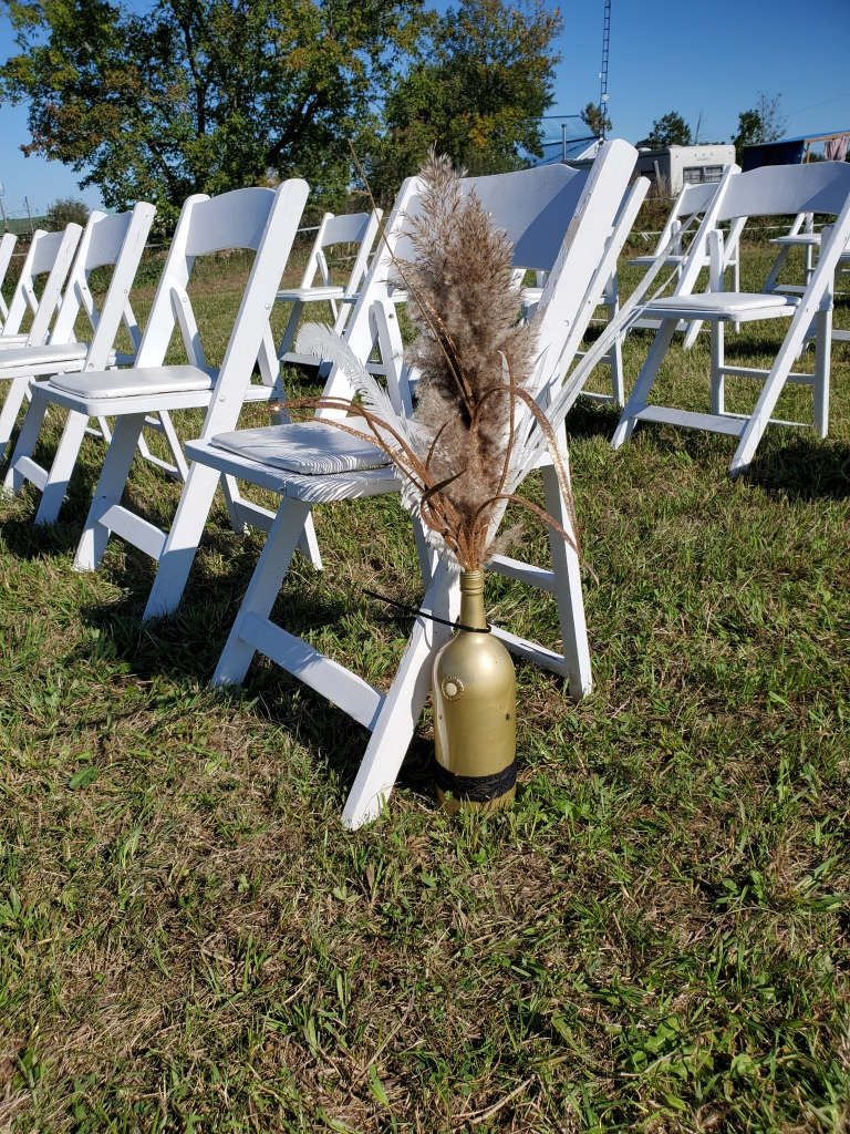 elopement-photographer-cake-baker-wedding-covid-mini-micro-wedding-backyard-ceremony-officiant-planner-coodinator-bowmanville-oshawa-cobourg-durham
