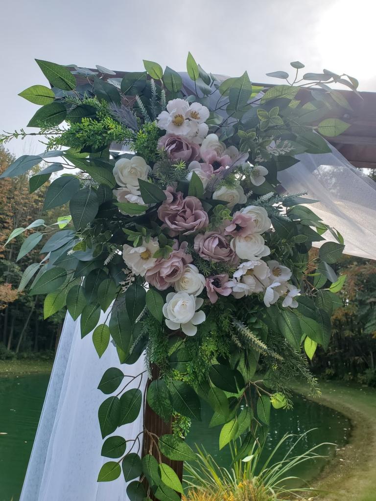 elopement-photographer-cake-baker-wedding-covid-mini-micro-wedding-backyard-ceremony-officiant-planner-coodinator-bowmanville-oshawa-cobourg-durham-region-northumberland/